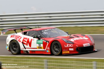 Callaway Competition Chevrolet Corvette C7 GT-R - L. Hezemans, E. Curran