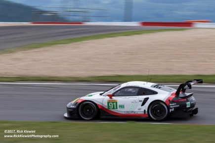 #91 Porsche GT Team Porsche 911 RSR | Richard Lietz / Frederic Makowiecki