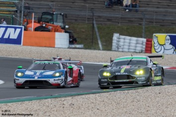 Ford GT vs. Aston Martin