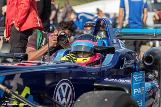 #62 Carlin Motorsport - Volkswagen / Ferdinand Hapsburg James Gasperotti